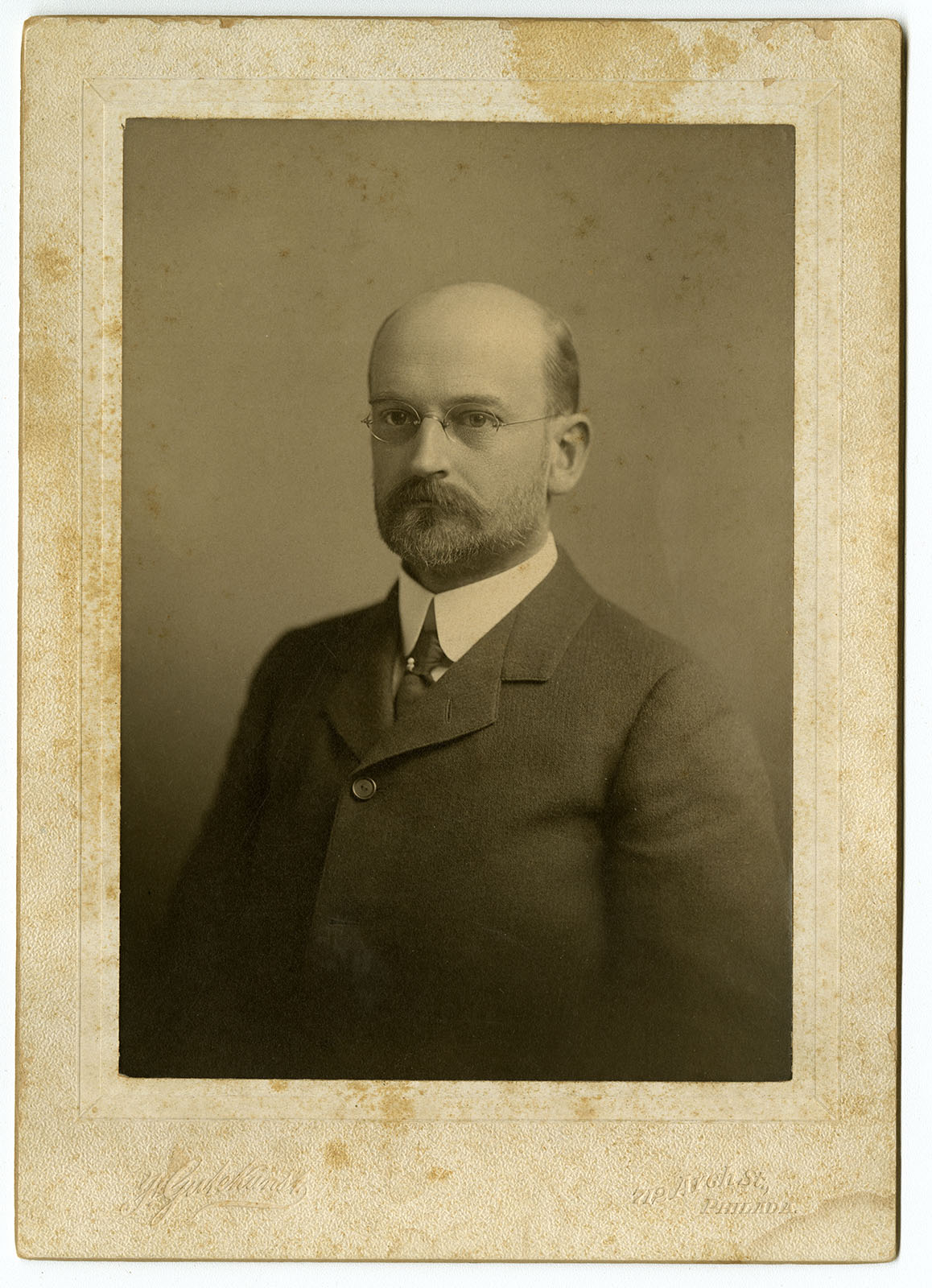 Frederick Gutekunst, William J. Taylor. (Philadelphia, ca. 1905). Albumen print cabinet card. Loan courtesy of the Historical Society of Pennsylvania.