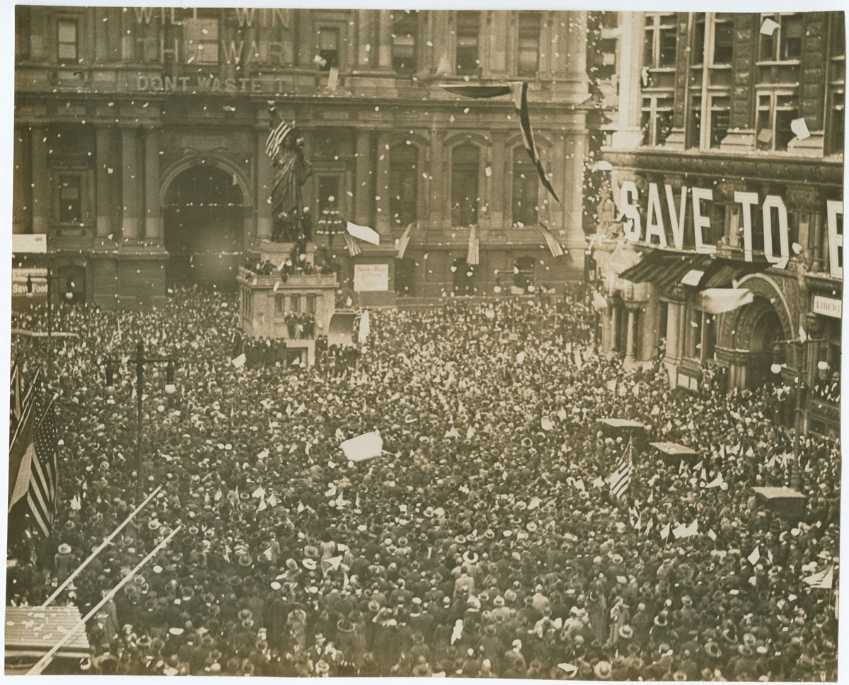 First News of Peace!, November 11, 1918. Gelatin silver photograph.