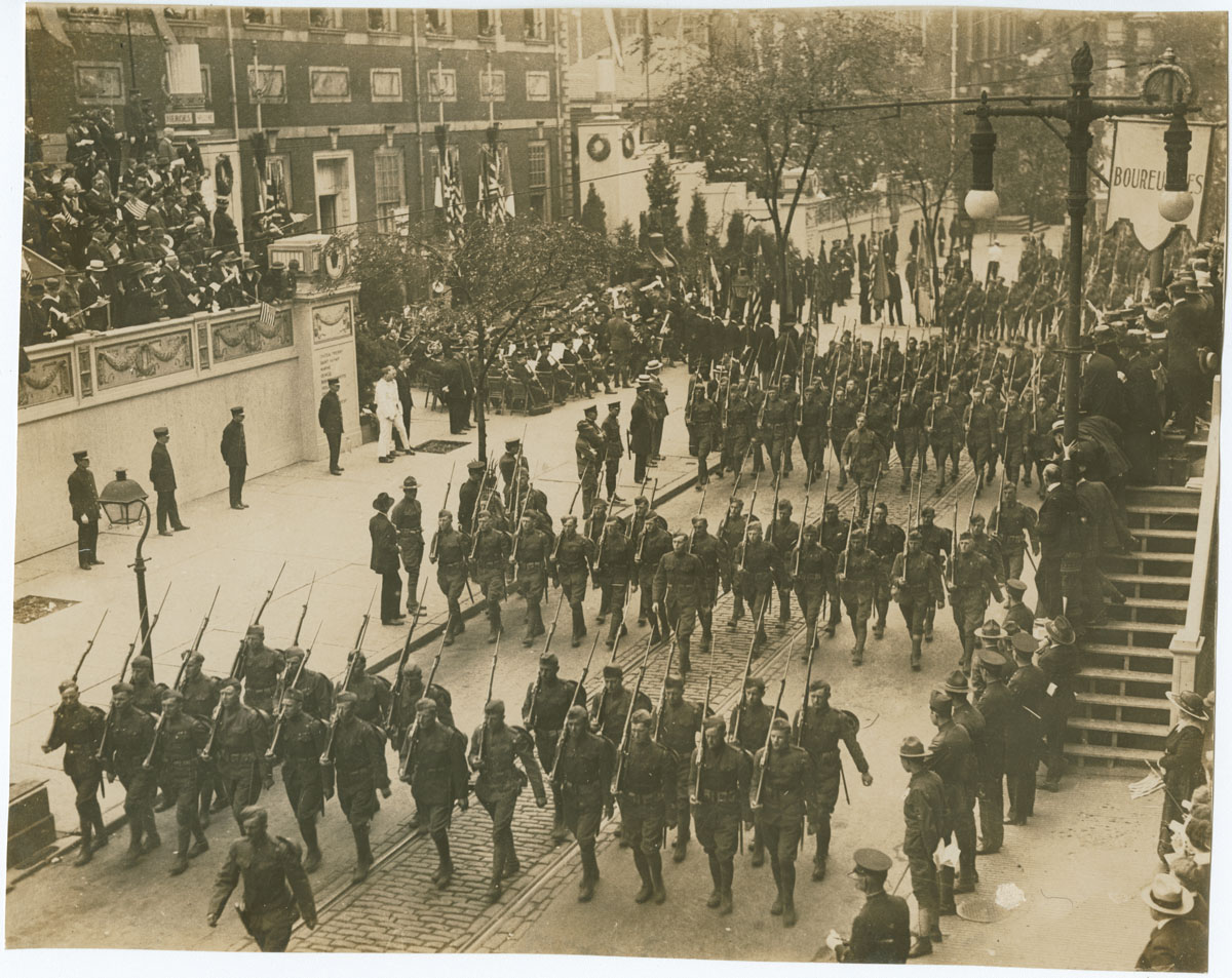28th Division Parade Passing Independence Hall, May 15, 1919. Gelatin silver photograph.