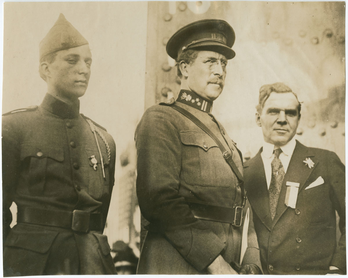 The Duke of Brabant, King Albert, and Matthew Brush at Hog Island (Philadelphia, 1919). Gelatin silver photograph.